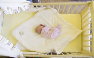 Die richtige Babymatratze ist wichtig für ein gesundes Schlafklima
